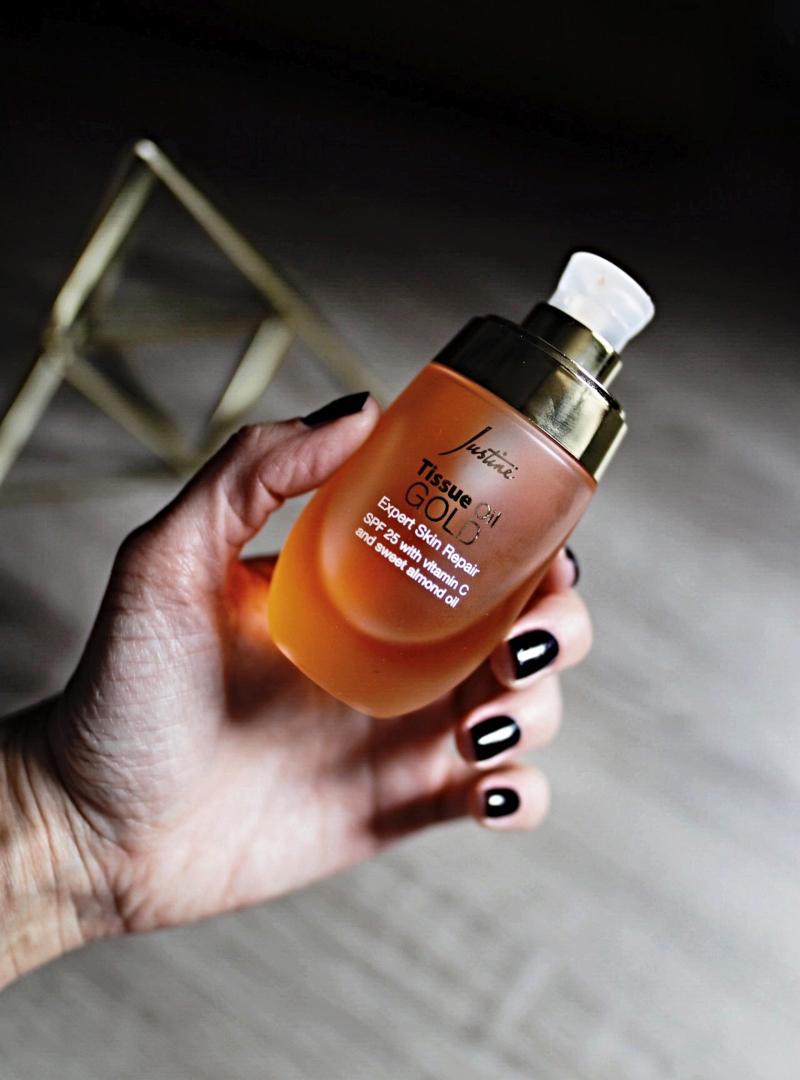 Avon Justine Tissue Oil