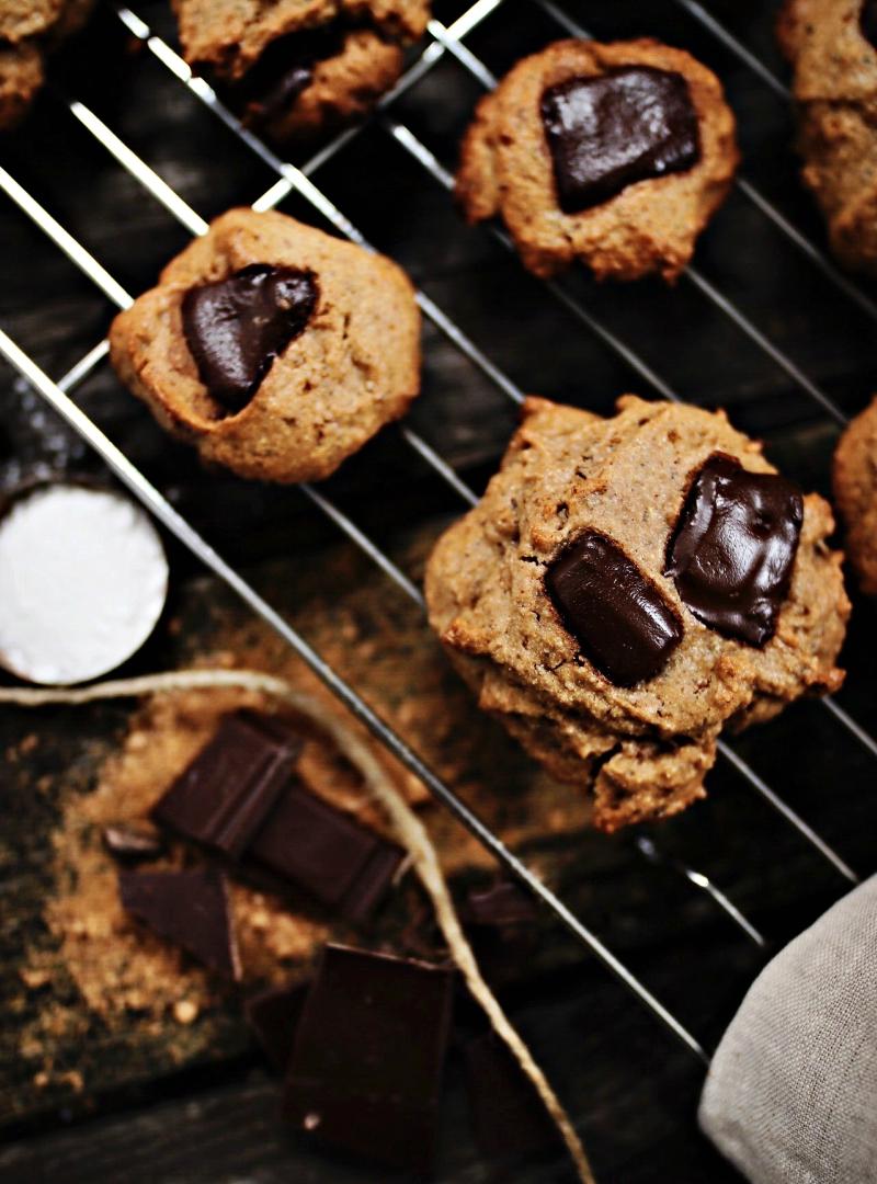 Čokoladni tahini keksi